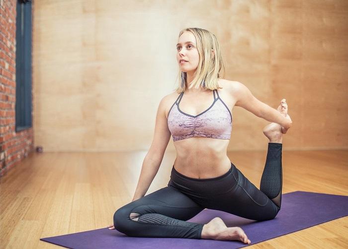 Cviky na ploché břicho v posilovně