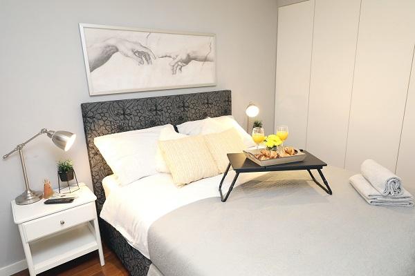 Luxusné prehozy na posteľ a ich cena